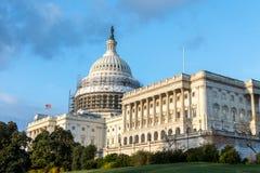 Das US-Höchste Gericht in Washington, Gleichstrom S Kapitol-Gebäude während des Hauben-Wiederherstellungs-Projektes Stockfotografie