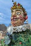 Das vier Jahreszeiten ` ist eine Skulpturreihe von vier riesigen Köpfen, jede, die eine Jahreszeit des Jahres darstellt Künstler  Lizenzfreie Stockfotografie