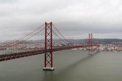 Das 25. von April-Brücke, Lissabon Lizenzfreie Stockfotos