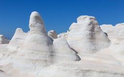 Das vulkanische moonscape von Sarakiniko, Milos Insel, die Kykladen, Griechenland Lizenzfreie Stockfotos
