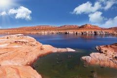 Das Wasser und das Green Bay der Antilopen-Schlucht Lizenzfreies Stockfoto