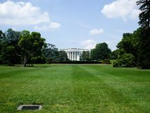 Das Weiße Haus und Rasen Stockfotos