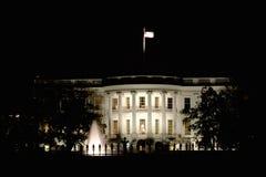 Das Weiße Haus nach Dunkelheit Lizenzfreies Stockfoto