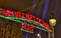 Das Weihnachtsdorf in Paris Stockbild