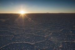 Das Welt-` s größte Salz flach, Salar de Uyuni in Bolivien, fotografiert bei Sonnenaufgang Stockfotos