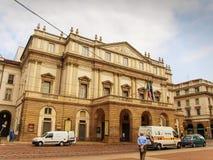 Das weltberühmte Scala von Mailand für die Premieren von Verdi in Mailand, Italien lizenzfreie stockfotografie