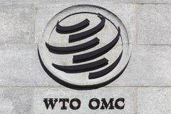 Das Welthandelsorganisationszeichen auf einer Wand stockbilder