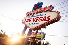 Das Willkommen zum fabelhaften Las- Vegaszeichen auf Las Vega Stockfotografie