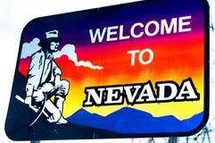 Das Willkommen zum Nevada-Staatsgrenzezeichen Stockbild
