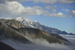 Das Wolkenmeer des Berges Zheduo Stockfotografie