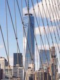 Das World Trade Center von der Brooklyn-Brücke Lizenzfreie Stockfotos