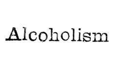 Das Wort ` Alkoholismus ` von einer Schreibmaschine auf Weiß Stockbild
