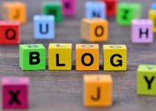 Das Wort Blog auf Tabelle Stockfotos