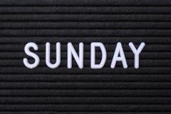 Das Wort Sonntag lizenzfreie stockfotografie