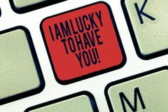 Das Wort, das Text bin mich schreibt, Lucky To Have You Geschäftskonzept für das Ausdrücken von roanalysistic Gefühlen und von po lizenzfreies stockbild