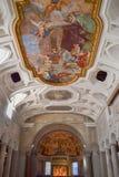 Das Wunder der Ketten des 18. Jahrhunderts Fresko San Pietro in Vincoli-Kirche Schöne alte Fenster in Rom (Italien) Lizenzfreies Stockbild