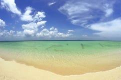 Das wunderbare Andaman-Meer in Poda-Insel, Thailand lizenzfreies stockbild