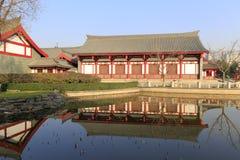Das xingyuan Gebäude der chinesischen traditionellen Architektur durch furong See in datang furong Garten, luftgetrockneter Ziege Stockfotos