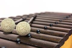 Das Xylophon und der Holzhammer Stockfotos