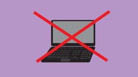 Das Zeichensymbol, das mit Rot gekreuzt wird, streift Laptop Stockfotos