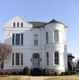Das Ziegelstein--Weiße Haus Lizenzfreies Stockbild