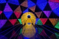 Dasada die Bloesemfestival geven bij dasadagalerij, Prachinburi, Thailand van Dec2,2017 tot Feb28,2018: Aantrekkelijk licht koepe Stock Afbeelding