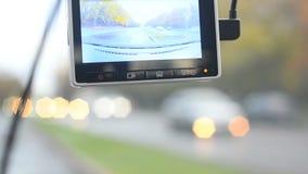 Daschcam-Recorder auf der Straße stock footage