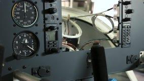 Dashboard van vliegtuigen stock video