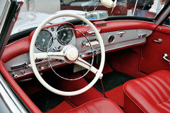 Dashboard vintage car Stock Images