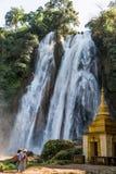 Dat Taw Gyaint Waterfall Anisakan Myanmar arkivbilder