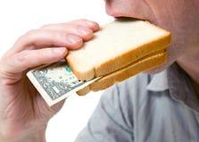 Dat u in een sandwich kunt plaatsen - uw geld. Stock Foto