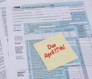 Data aprazada de 2017 impostos Fotografia de Stock