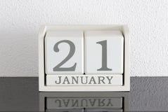 Data bianca 21 del presente del calendario di blocco e mese gennaio Fotografia Stock Libera da Diritti