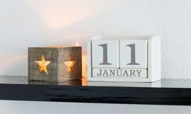 Data bianca 11 del presente del calendario di blocco e mese gennaio Fotografia Stock Libera da Diritti