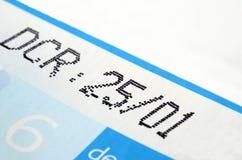 Data di scadenza sul prodotto dell'etichetta fotografie stock libere da diritti