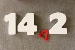 Data di Valentin delle lettere di legno bianche Immagini Stock Libere da Diritti