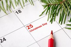 25 data na kalendarzu z Czerwoną oceną data save Bożenarodzeniowy wakacyjny przygotowania pojęcie obrazy stock