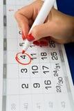 Data o quarta-feira 4 é marcado no calendário foto de stock royalty free