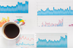Data som analyserar begrepp Royaltyfri Foto