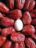 Data vermelha - fruto do jujuba - grande como o ovo imagem de stock royalty free