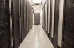 Databasmitt med serveror Fotografering för Bildbyråer