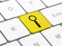 Databegrepp: Sökande på bakgrund för datortangentbord Royaltyfri Bild