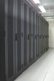 Datacenter - fila limpia de estantes Imagen de archivo libre de regalías