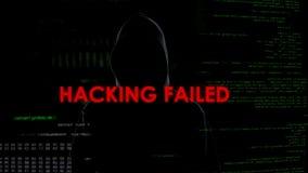 Dataintrånget missade, det mislyckade försöket att stjäla pengar, besviken brottsling royaltyfria foton