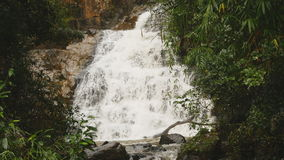 Datanla vattenfall i DaLat, Vietnam stock video