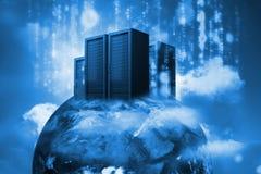 Dataserveror överst av världen i blått Arkivfoton