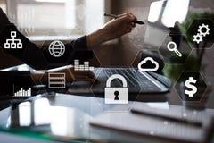 Dataskydd, Cybersäkerhet, informationssäkerhet Teknologiaffärsidé royaltyfria foton