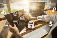Dataskydd, Cybersäkerhet, informationssäkerhet Teknologiaffärsidé royaltyfria bilder