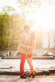 Datation de couples dans la ville Images libres de droits