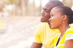 Datazione africana delle coppie Immagine Stock Libera da Diritti